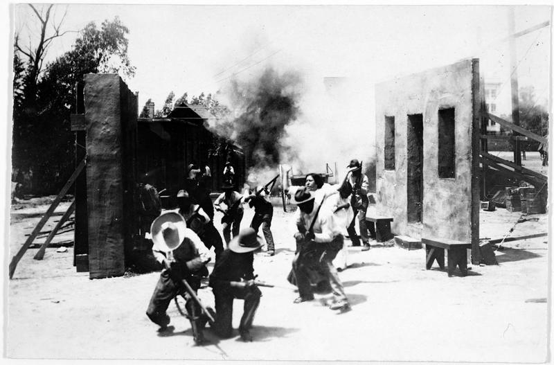 Scène de cinéma. Comment les Américains montrent au public la révolte de Mexico