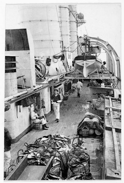 A bord d'un petit croiseur allemand