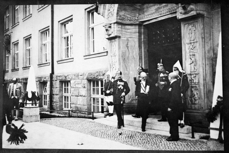 150ème anniversaire de l'école des mines ou Bergakademie le 26 juillet 1916. Le roi Frédéric-Auguste de Saxe, lors de la cérémonie d'inauguration