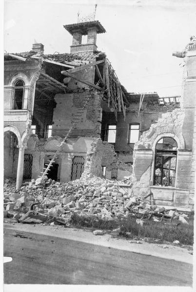 Bombardements italiens sur le tribunal de Görz. Ruines