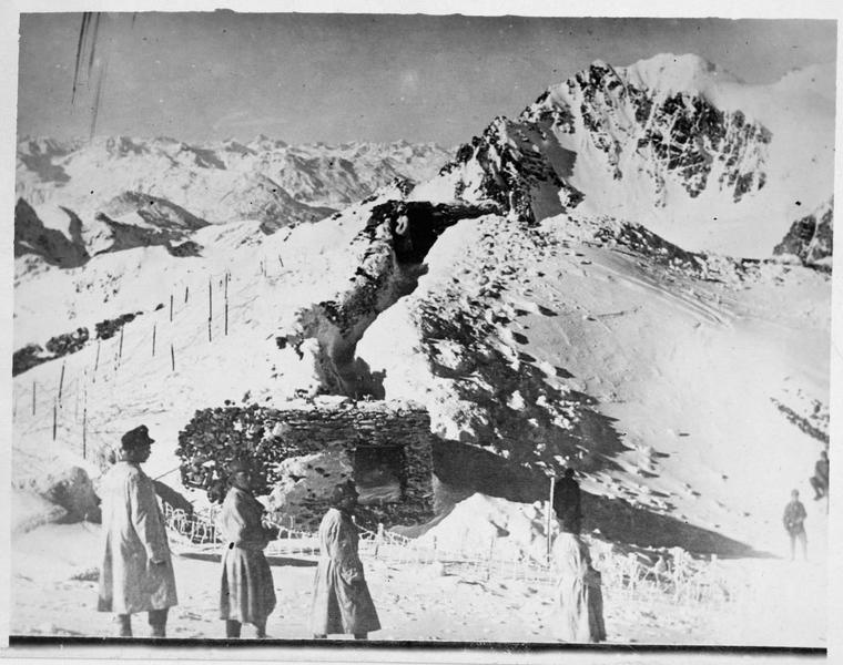 Front du Tyrol. Patrouille austro-hongroise à 3600m dans les Alpes tyroliennes
