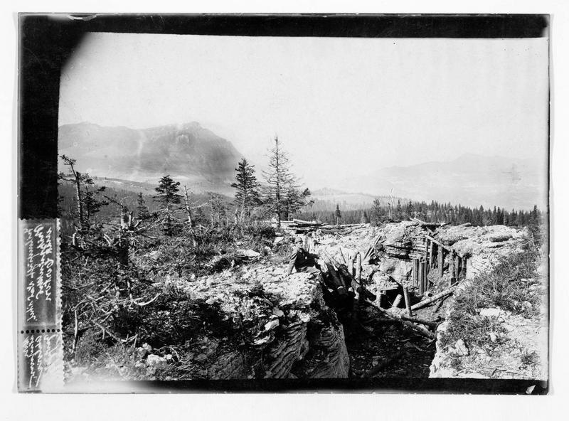 Carte postale timbrée. Positions italiennes sur le monte Coston, détruites et prises par les chasseurs alpins tyroliens