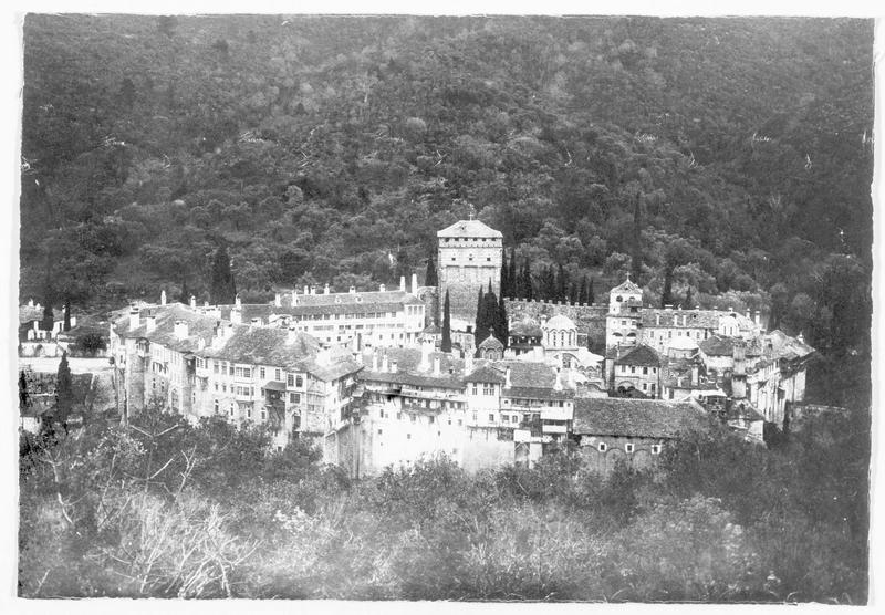 Un monastère occupé par les troupes franco-russes