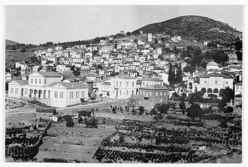 Panorama de la ville, qui fut bombardée par des avions allemands