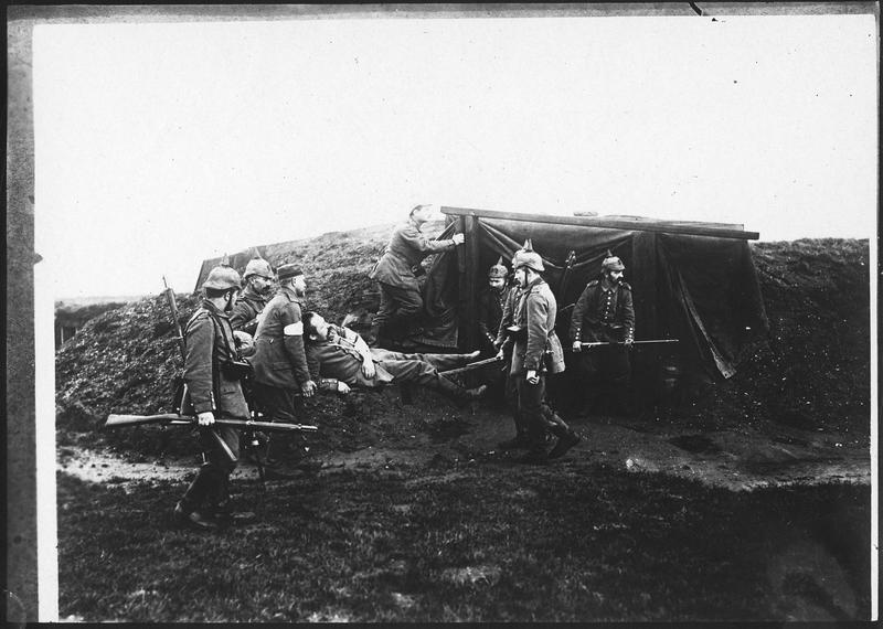 Transport de blessé allemand [jusqu'au poste de secours]