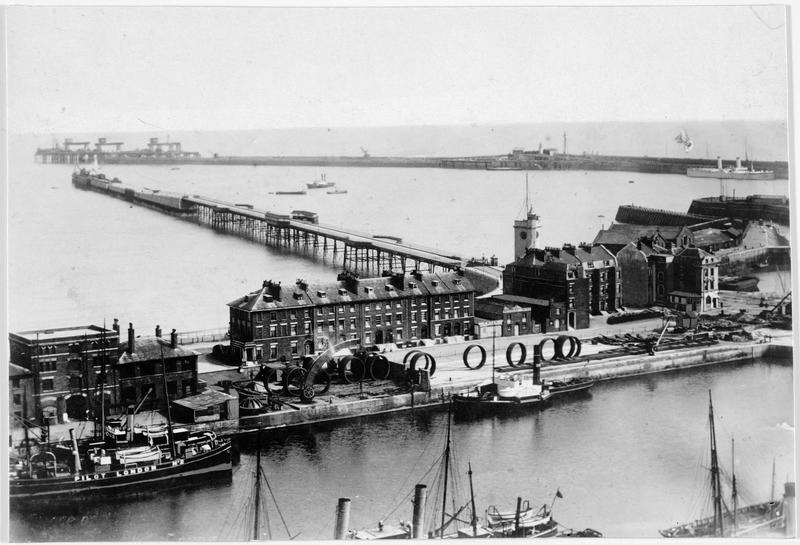 Panorama, quais de Douvres