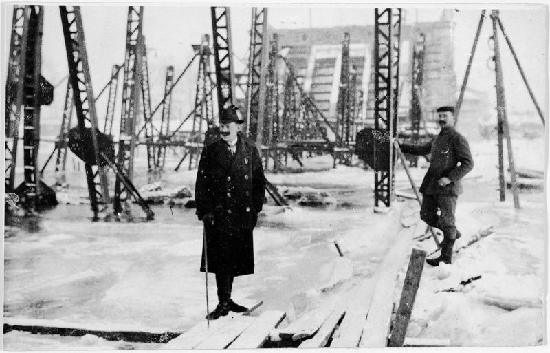 Pont de Poniatowski, sur la Vistule gelée, que les Russes ont fait sauter dans leur retraite
