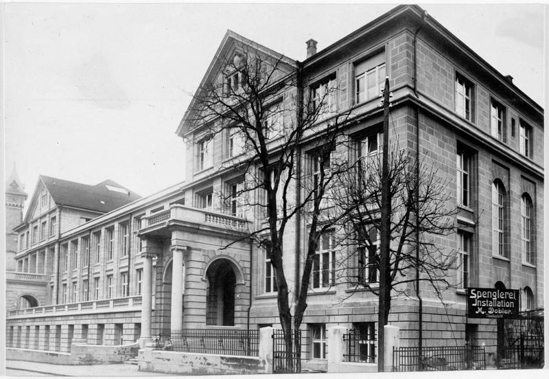 L'institut des sciences naturelles de l'école supérieure de la confédération suisse, qui vient d'être inaugurée à Zurich