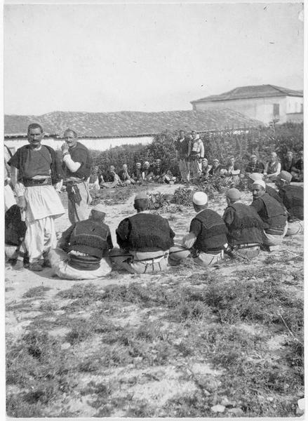 Guides albanais de différentes provenances, venus des environs de Scutari (en italien)