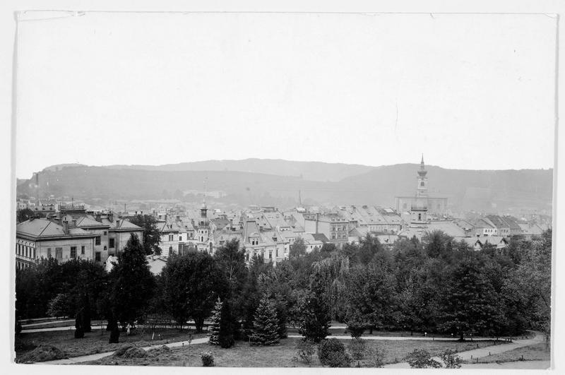 Vue sur la ville où eut lieu, les 27 et 28 Juin 1866, une bataille entre la Prusse et l'Autriche