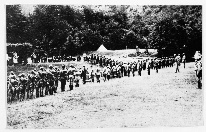 Messe austro-hongroise en plein air, derrière le front du Tyrol du sud