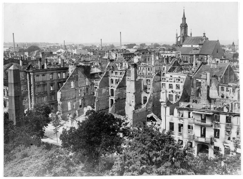 Vue d'ensemble de la ville de Kalisch (en allemand), en ruines
