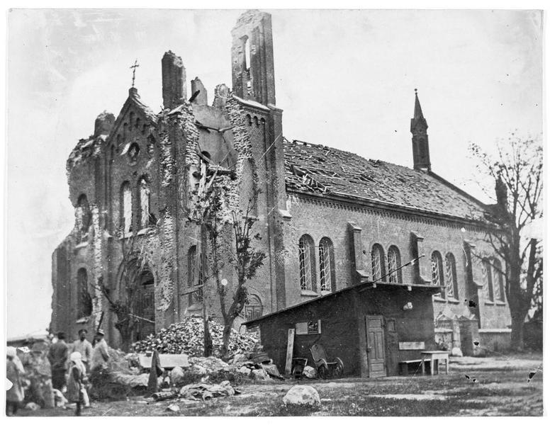 Eglise détruite par l'artillerie russe