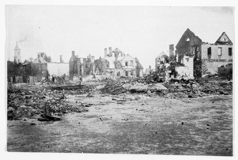 Vue de Kavalrija détruite par les Russes