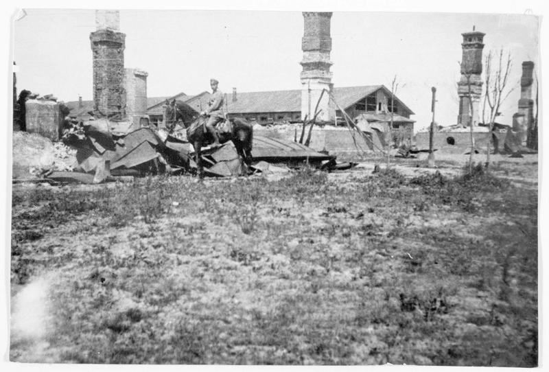 Fabrique russe détruite près de Kavalrija