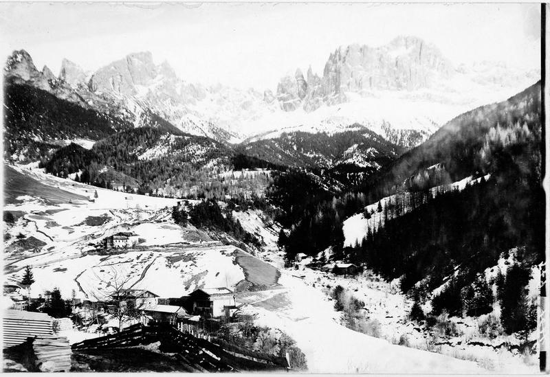 Les montagnes du Rosengarten près de Bozen