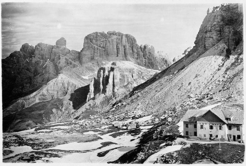 Les trois montagnes Zinnen Hütte