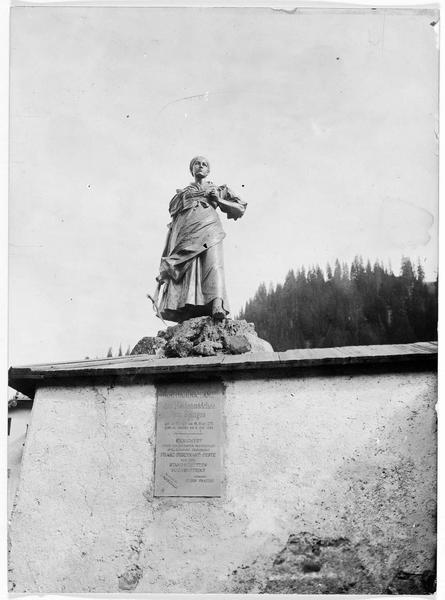 La statue en bronze de Katharina Lanz (bataille de Spinges, campagne napoléonienne)