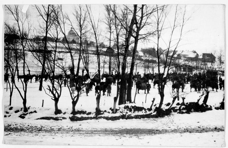 Colonne austro-hongroise derrière le front de Galicie