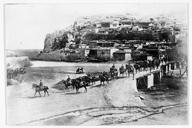 Patrouille de la cavalerie bulgare