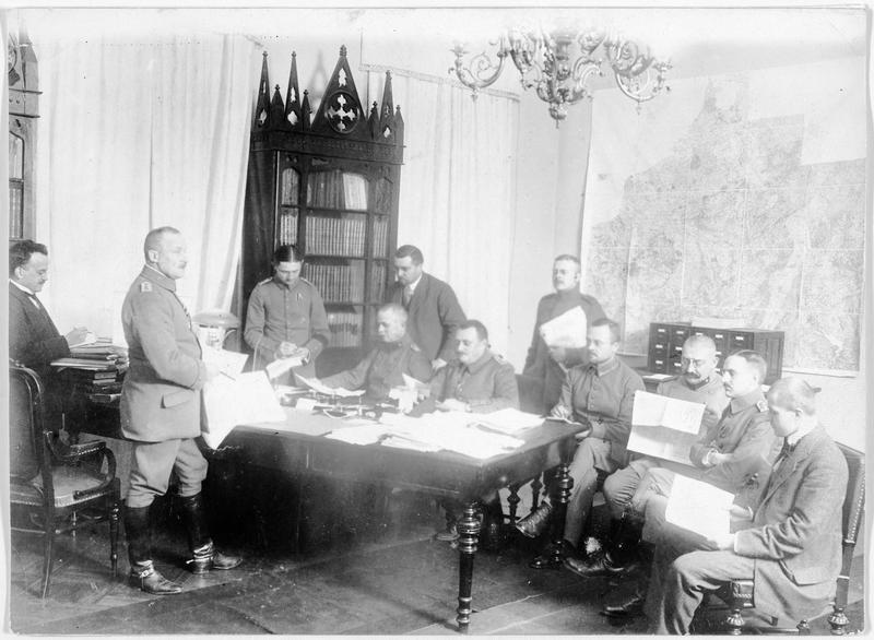 Le chef du bureau de la presse allemande de Varsovie, Georges Cleinow