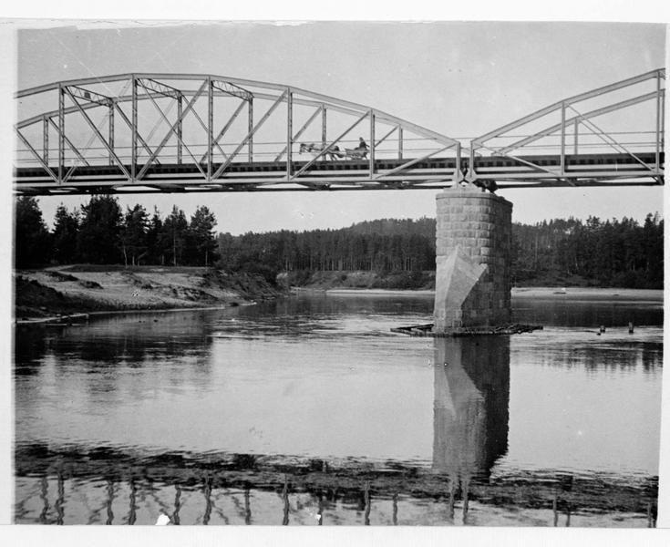 Pont métallique