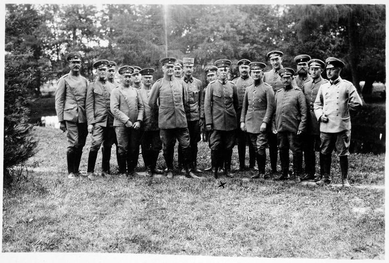 Officiers d'état-major dans les Vosges