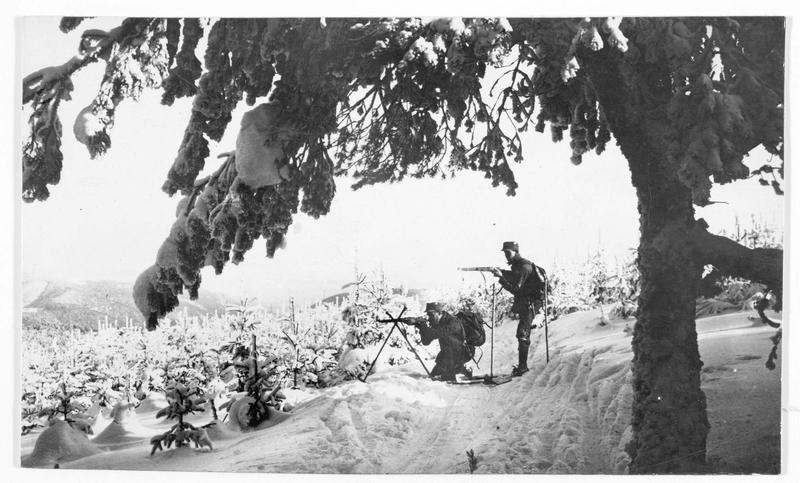 Patrouille de skieurs allemands dans les Vosges