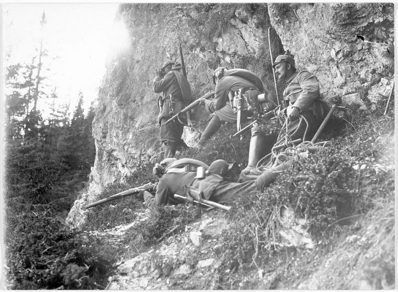 Patrouille allemande en observation dans les Vosges