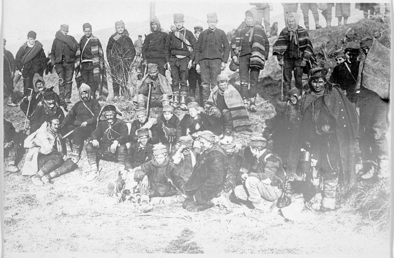 Francs-tireurs serbes avant leur embarquement