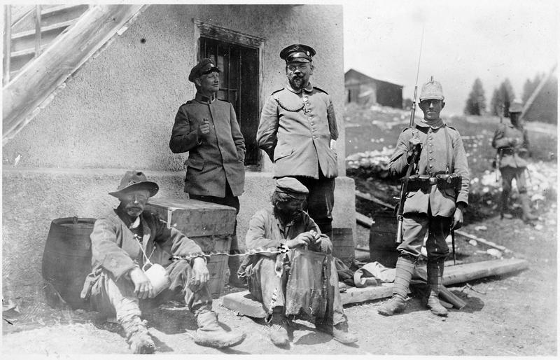 Espions attachés, arrêtés sur le front oriental