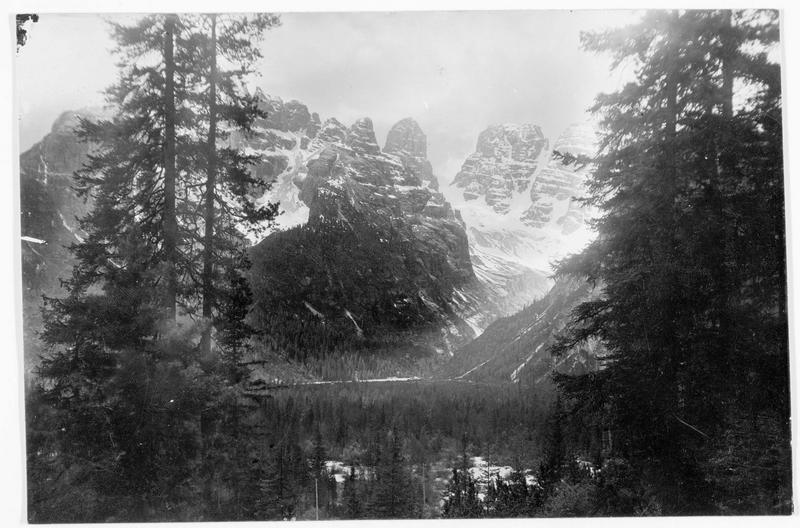 Vue du Monte Cristallo et du Cristallin