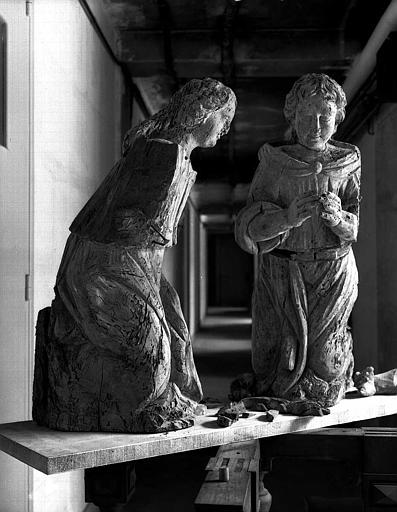 2 statues : Anges adorateurs