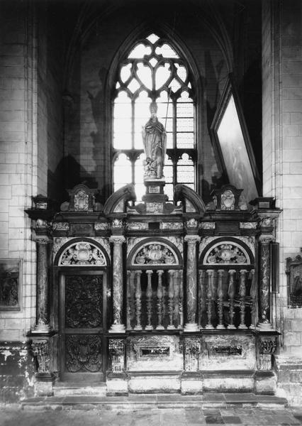 Clôture de la sixième chapelle nord (Saint-Nicolas), porte