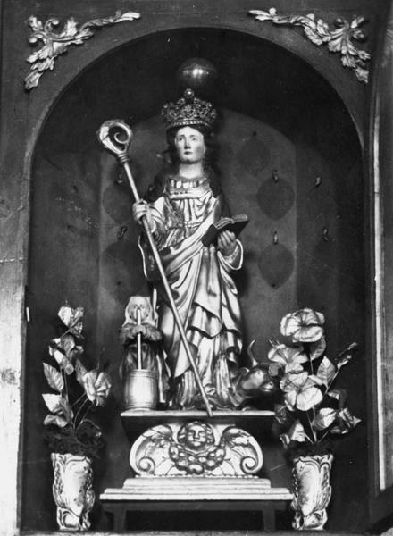 statue : saint Brigide