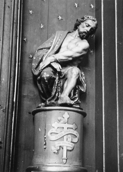 statue : Christ aux outrages
