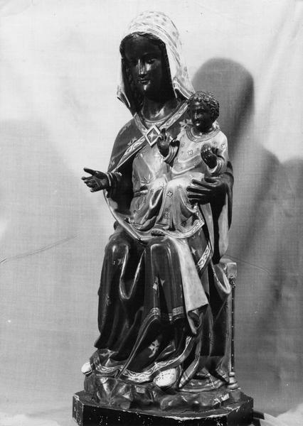 Statue : Vierge noire assise