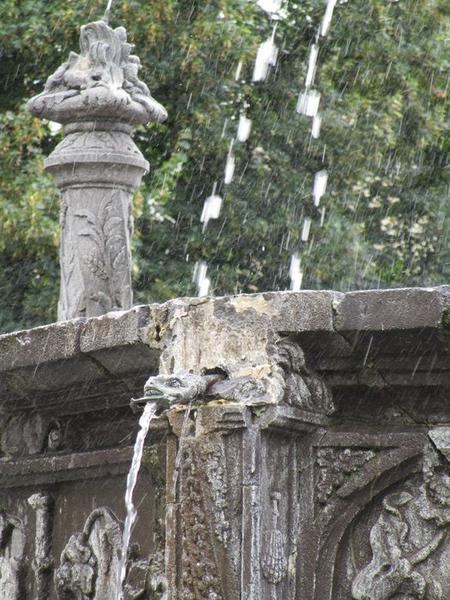 Mascaron de fontaine volé, emplacement initial, vue générale