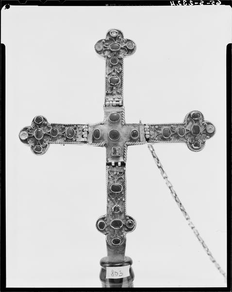 Croix-reliquaire de la Vraie Croix, face