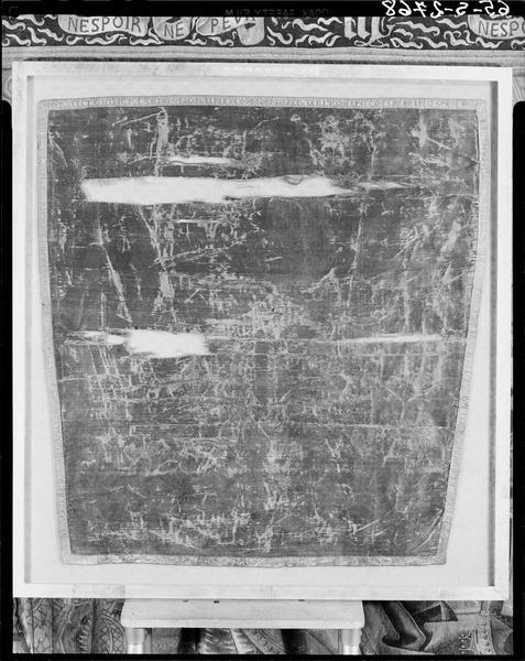 pièce de tissu (suaire) de saint Remy