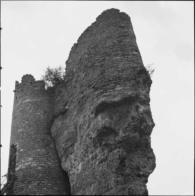 Ruines sur promontoire
