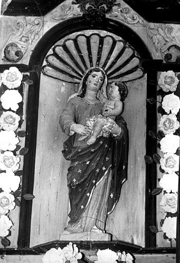Statue de la Vierge à l'Enfant, peinte