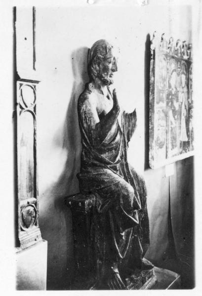 statue : Christ assis et bénissant, vue générale
