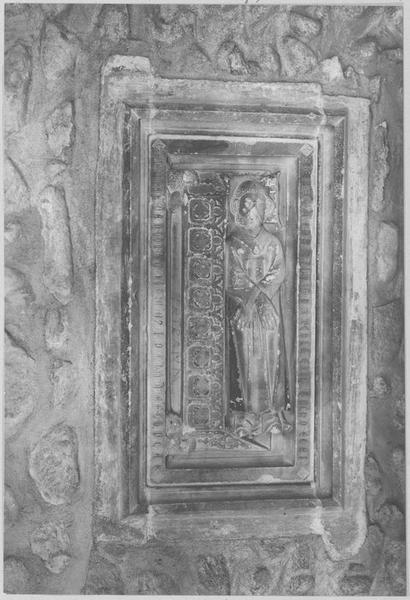 Monuments funéraires (3) de chanoines