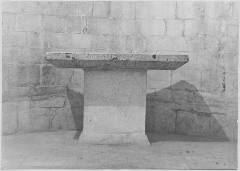 Table d'autel