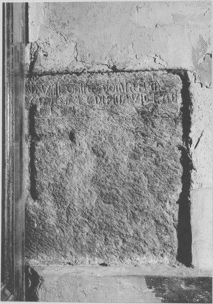 Plaque funéraire de la fondatrice de la chapelle