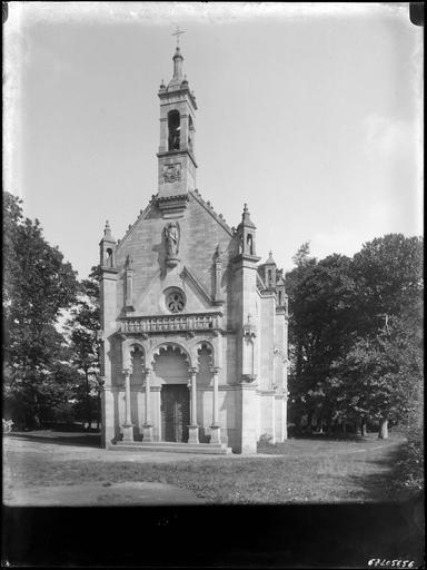 Chapelle sur parc