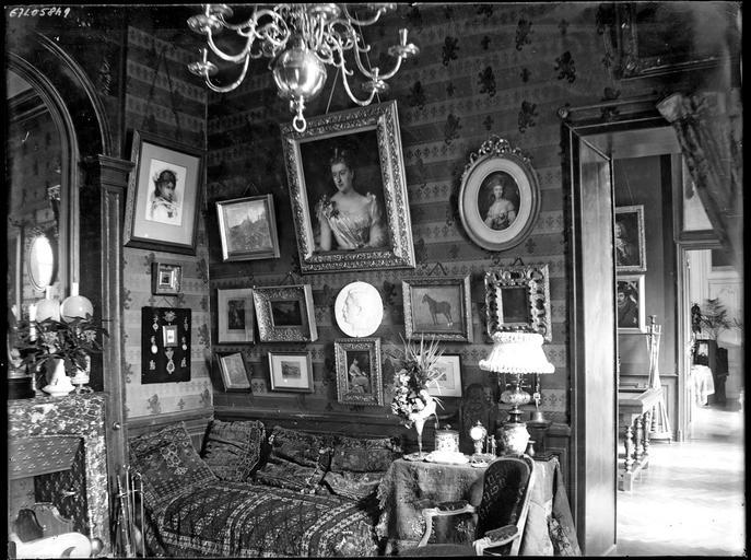Intérieur : chambre à coucher