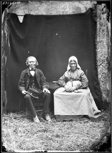 Portrait : un couple de paysan