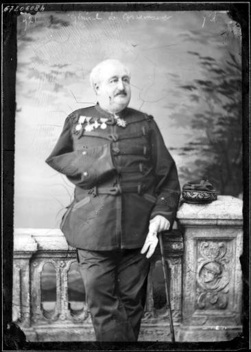 Portrait du Général de Grammont en pied